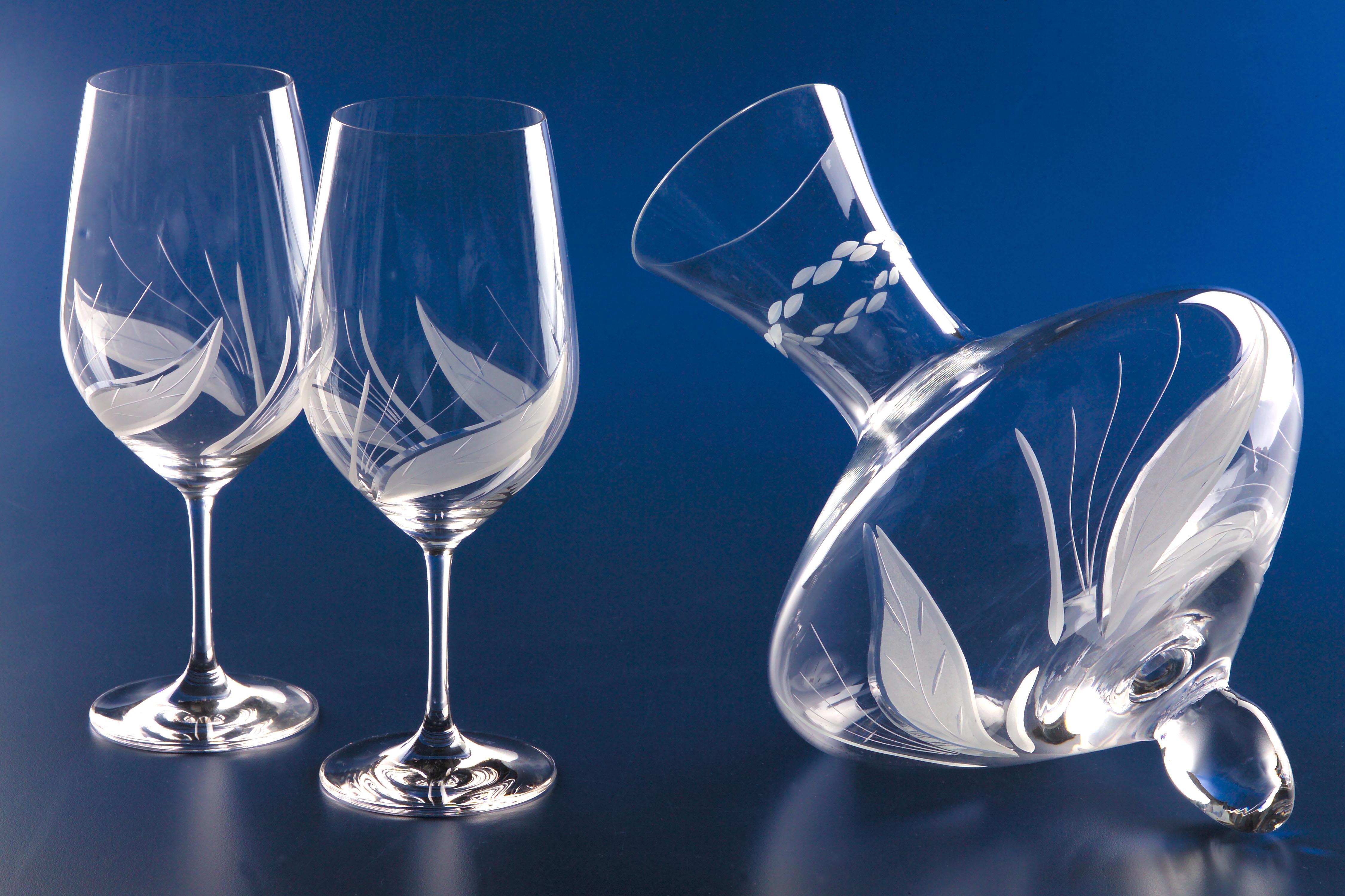 El oficio cristal tallado clemente mill n for Copas de cristal